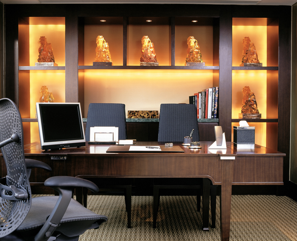 Applying the Principles of Feng Shui to Your Office